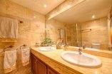 20_guest_bathroom