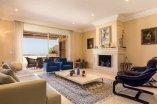 7_living_room