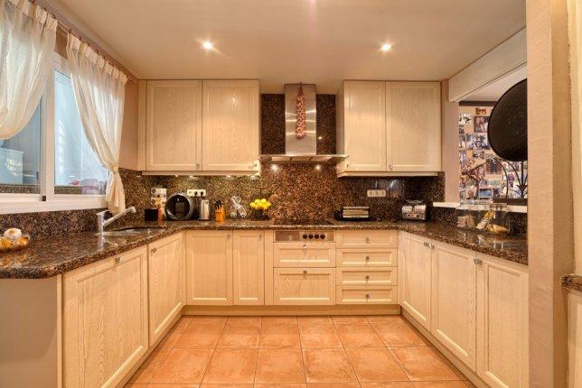 13_kitchen (1)