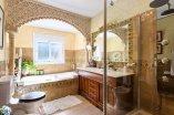 14_bathroom (3)