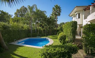 Lovely townhouse in Atalaya