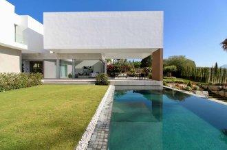 New high-tech villa in Spain, Benahavis