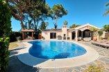 Very beautiful and comfortable family villa in Elviria