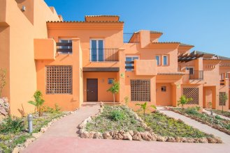 Townhouses near Golf, El Paraiso